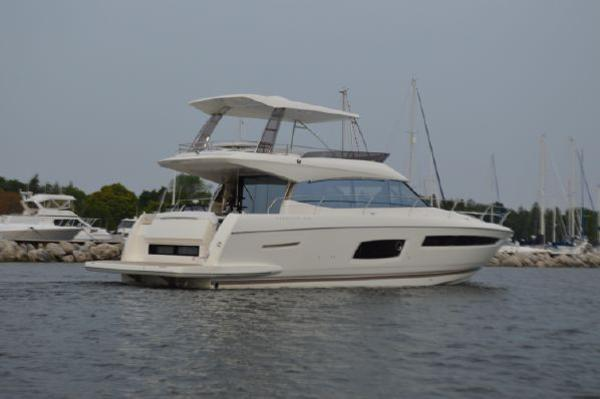 Prestige 560 Flybridge 2017 Prestige 560 Fly Bridge With Hard Top / Sistership Photo