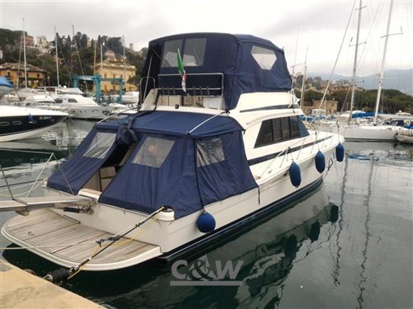 Riviera Marine 48 Convertible P_20170221_114622