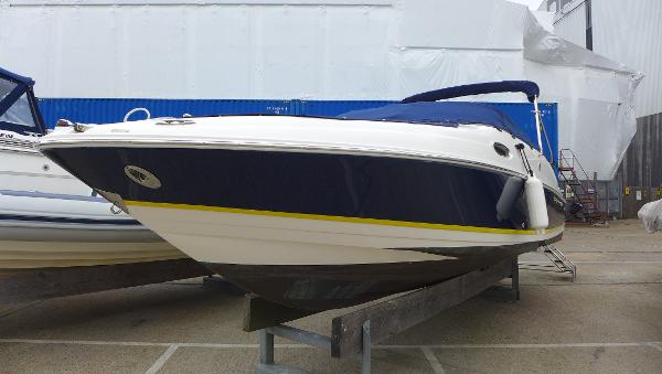 Regal 2400 Bowrider Regal 2400 Bowrider