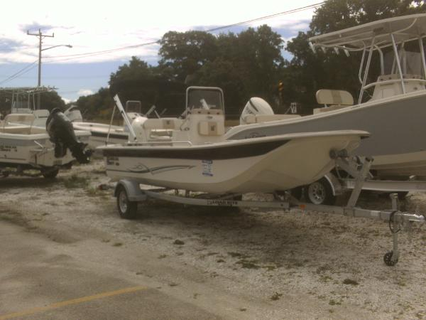 Carolina Skiff 20 JVX Center Console