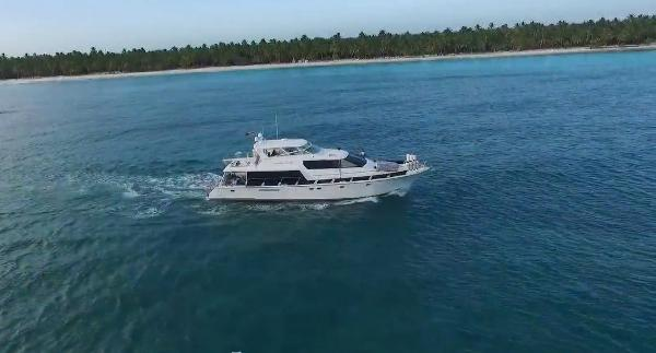Pacific Mariner 65 Pilothouse
