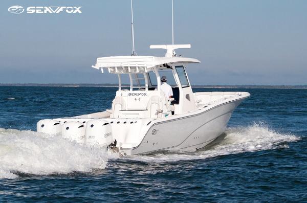 Sea Fox Commander 368