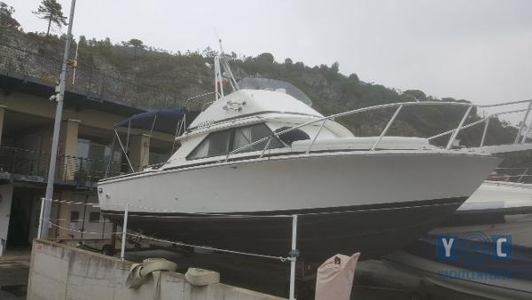 Bertram 28 Flybridge CRUISER IMG-20171002-WA0006