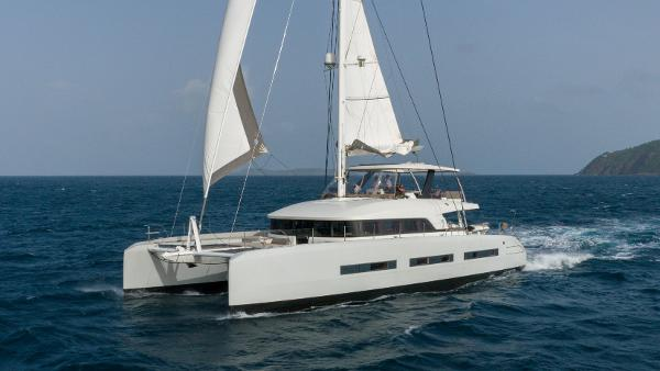 Lagoon Sailing CAT