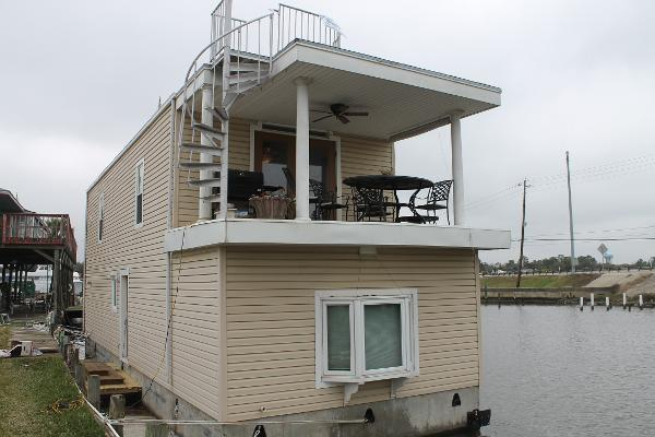 Float Abode 48x16 FLOATING HOUSE/OFFICE