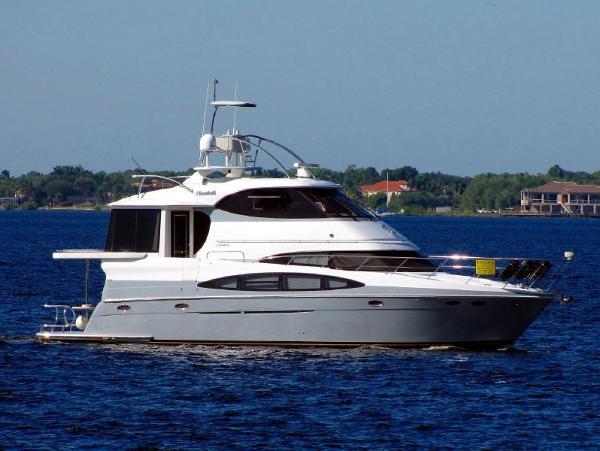 Carver 56 Custom 506 Motor Yacht