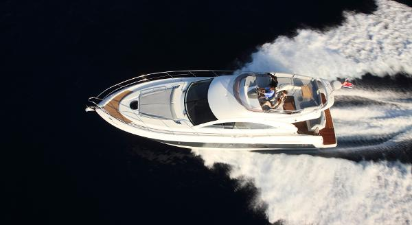 Beneteau Gran Turismo 49 Fly Manufacturer Provided Image