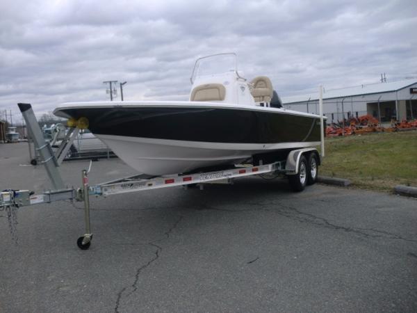 Tidewater Boats Bay Max 2110