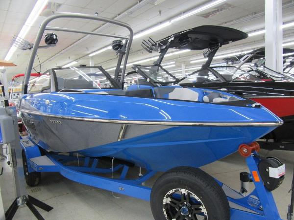Malibu Boats 20 VTX