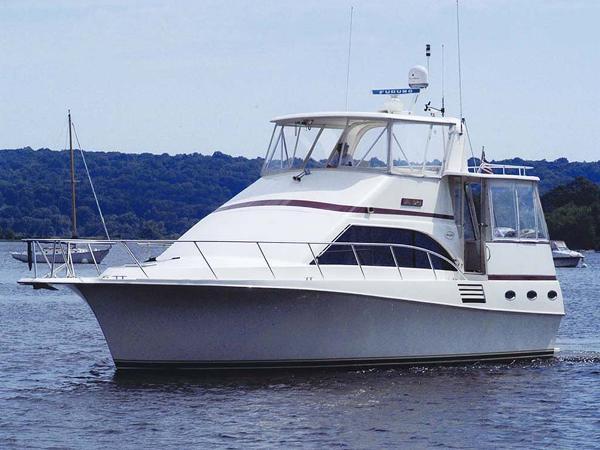 Ocean Yachts 44 Motor Yacht Profile