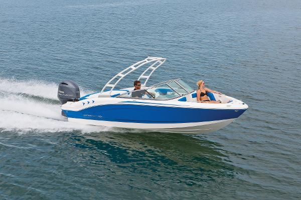 Chaparral 21 H2O Outboard Sport manufacturer image