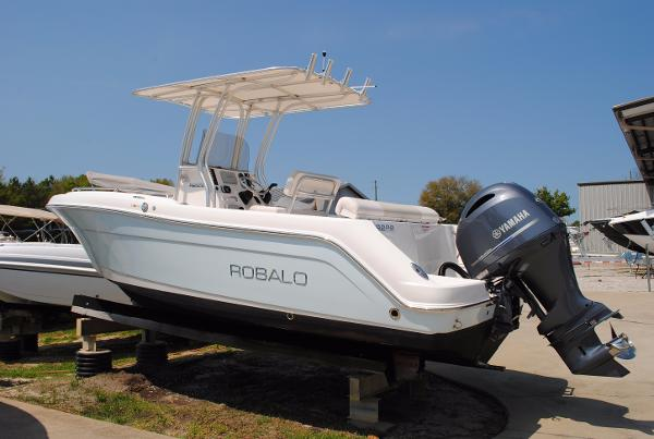 Robalo Boats For Sale Craigslist >> Robalo | New and Used Boats for Sale in MA