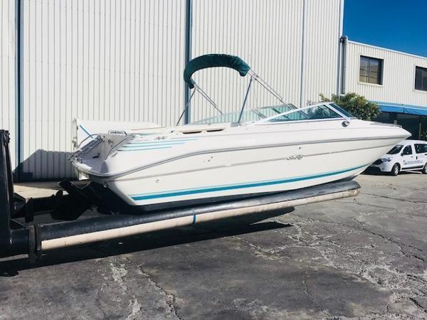 Sea Ray 240 Bow Rider ELSA
