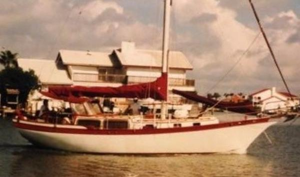 DownEast 38 Cutter