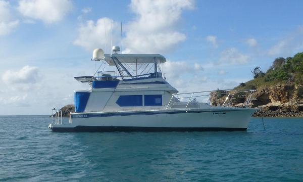 Fairway 41 Flybridge Cruiser