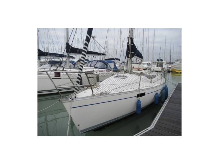 Beneteau BENETEAU OCEANIS 320 EB44696