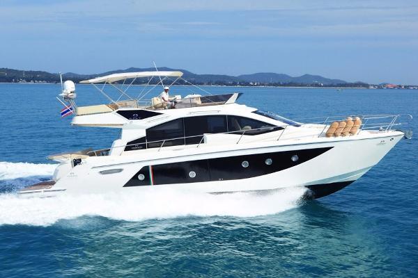 Cranchi 54 Flybridge motor yacht actual yacht