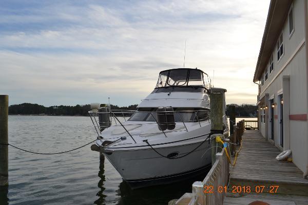 Carver 396 Motor Yacht 396 Carver M.Y.