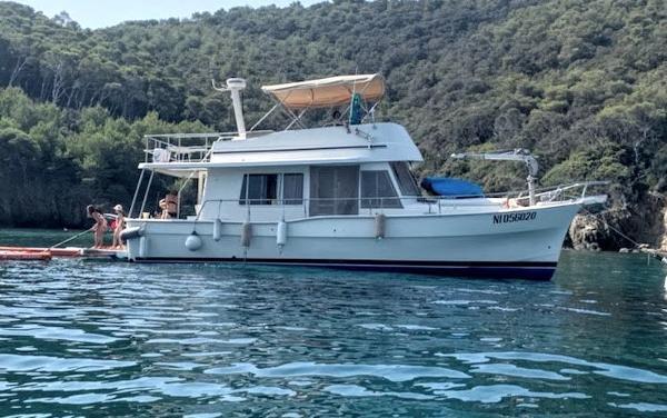 Mainship 400 Trawler IMG_44621