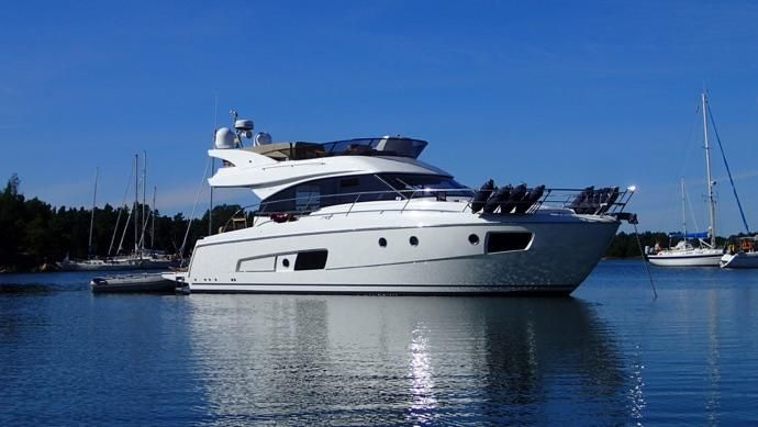 BAVARIA YACHTBAU Virtess 420 Flybridge