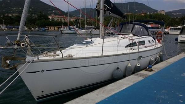 Jeanneau Sun Odyssey 37 Legende JEANNEAU - SUN ODYSSEY 37 LEGENDE - exteriors