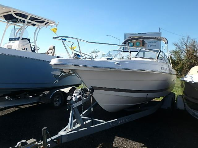 Wellcraft 220 Sportsman 1.jpg