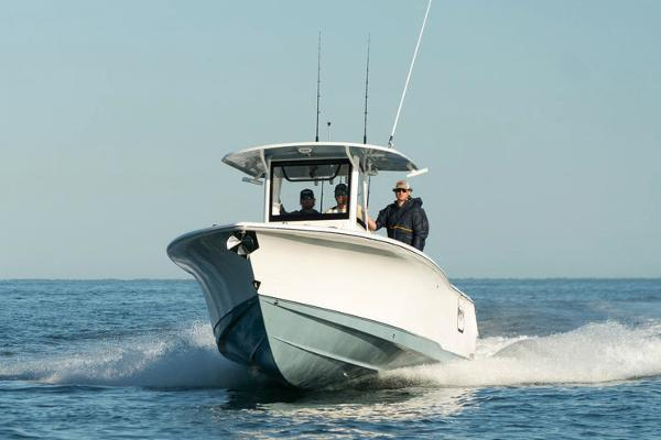 Sea Hunt Gamefish 30 with Coffin Box Manufacturer Provided Image
