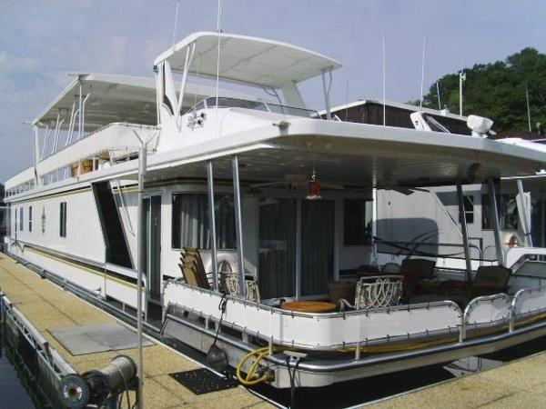 Sharpe 16 x 82 Houseboat