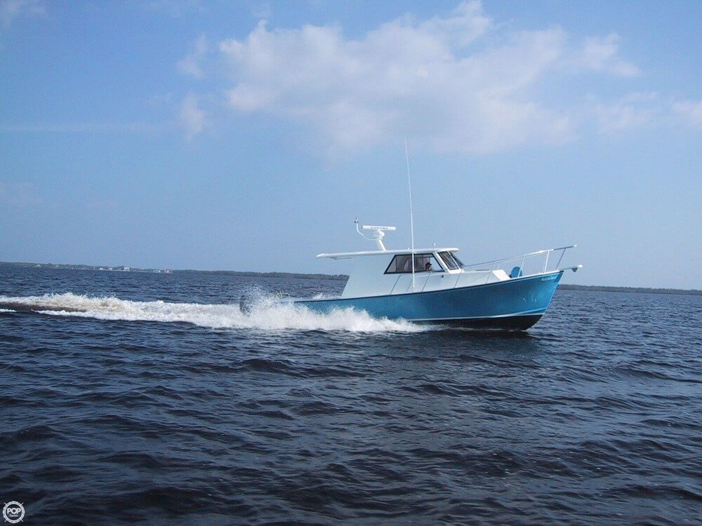 Crusader 34 Express Fisherman 2004 Crusader 34 Express Fisherman for sale in Nokomis, FL