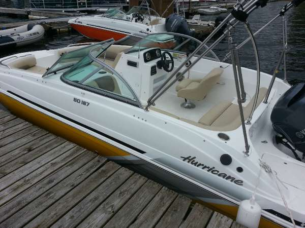 HURRICANE BOATS SD 187 OB