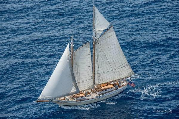 Camden Peterson main topsail schooner