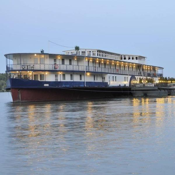 Custom Line PASSENGER SHIP