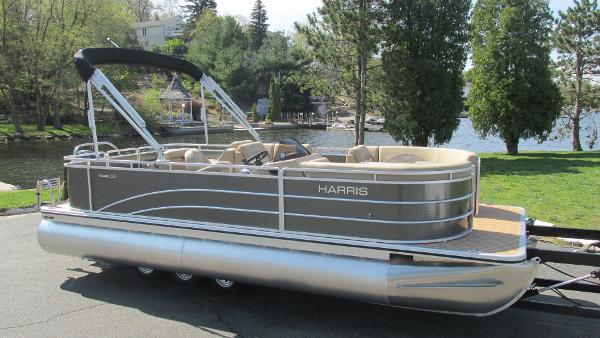 Harris Pontoons Cruiser 220