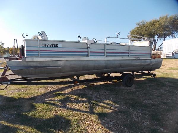 Landau Boat Co Bandit