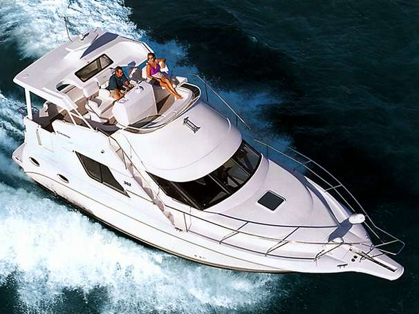 Silverton 352 Motor Yacht Manufacturer Provided Image