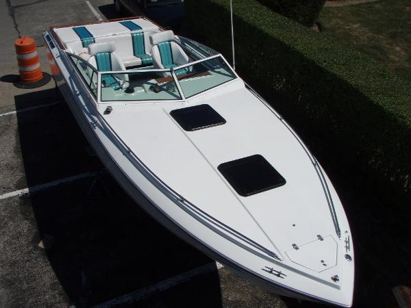 Four Winns 261 Liberator