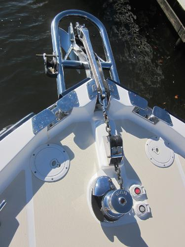 True North 38 Sausalito Bow anchor roller with windlass