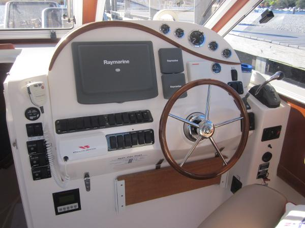 True North 38 Sausalito Helm Console