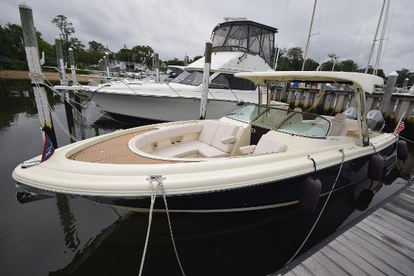 Chris-Craft Calypso CK 2019 Chris Craft Calypso 30 CK