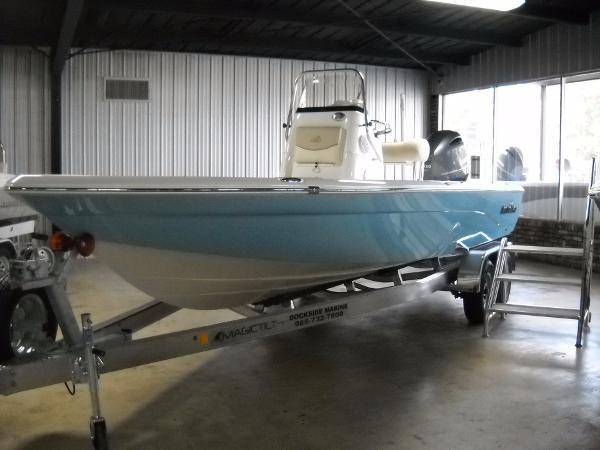 NauticStar 227XTS Bay Boat