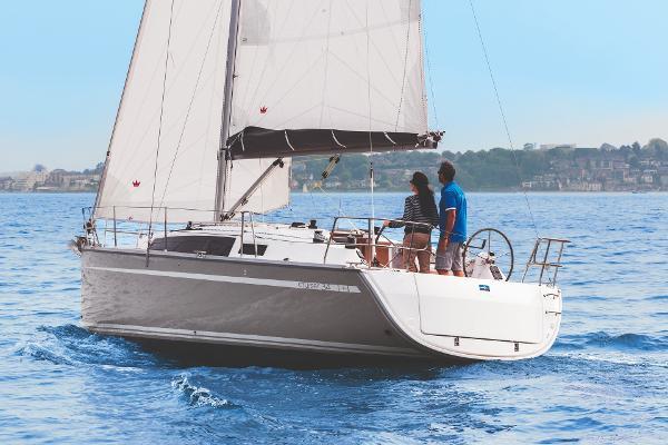 Bavaria Cruiser 34 Blue Edition