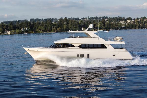Ocean Alexander 85 Motor Yacht Exterior