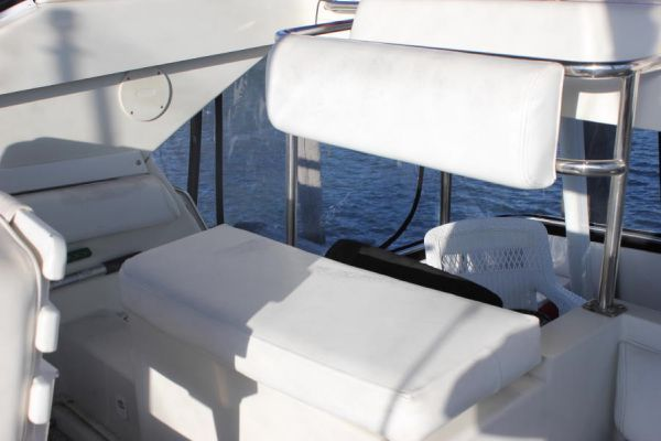 Helm aft seating