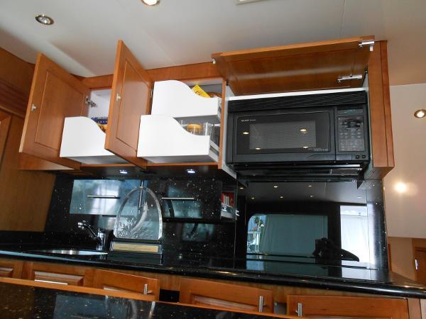Storage, Microwave, Stove
