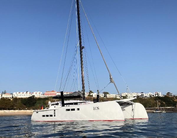 Custom Treutlein 65 Catamaran Carbon Fibre