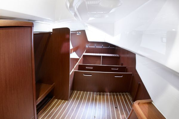 Bavaria Vision 46 Storage