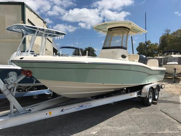 Grady-White Coastal Explorer 251