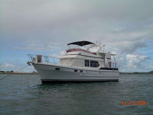 Jefferson  Sundeck Trawler/Liveaboard Photo 1