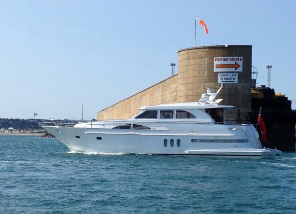 Wim Van der Valk 20 m C11 Aluminium Leaving Harbour