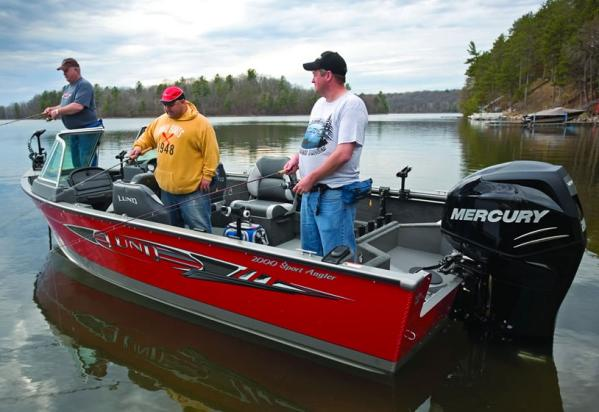 Lund 2000 Sport Angler Manufacturer Provided Image
